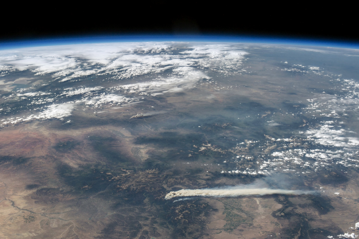 Photo from ISS of Colorado wildfires